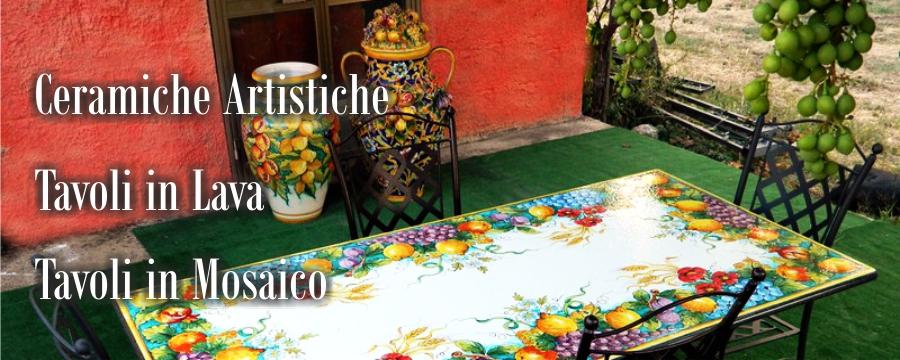 Tavoli in Pietra Lavica